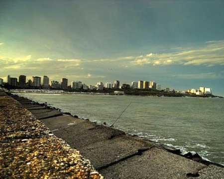 Escollera Norte de la ciudad de Mar de Plata