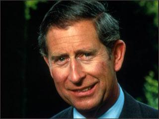 Para reducir gastos de viaje, el príncipe Carlos alquila un yate de lujo