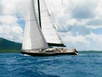 Millonario británico cruza el Atlántico en velero